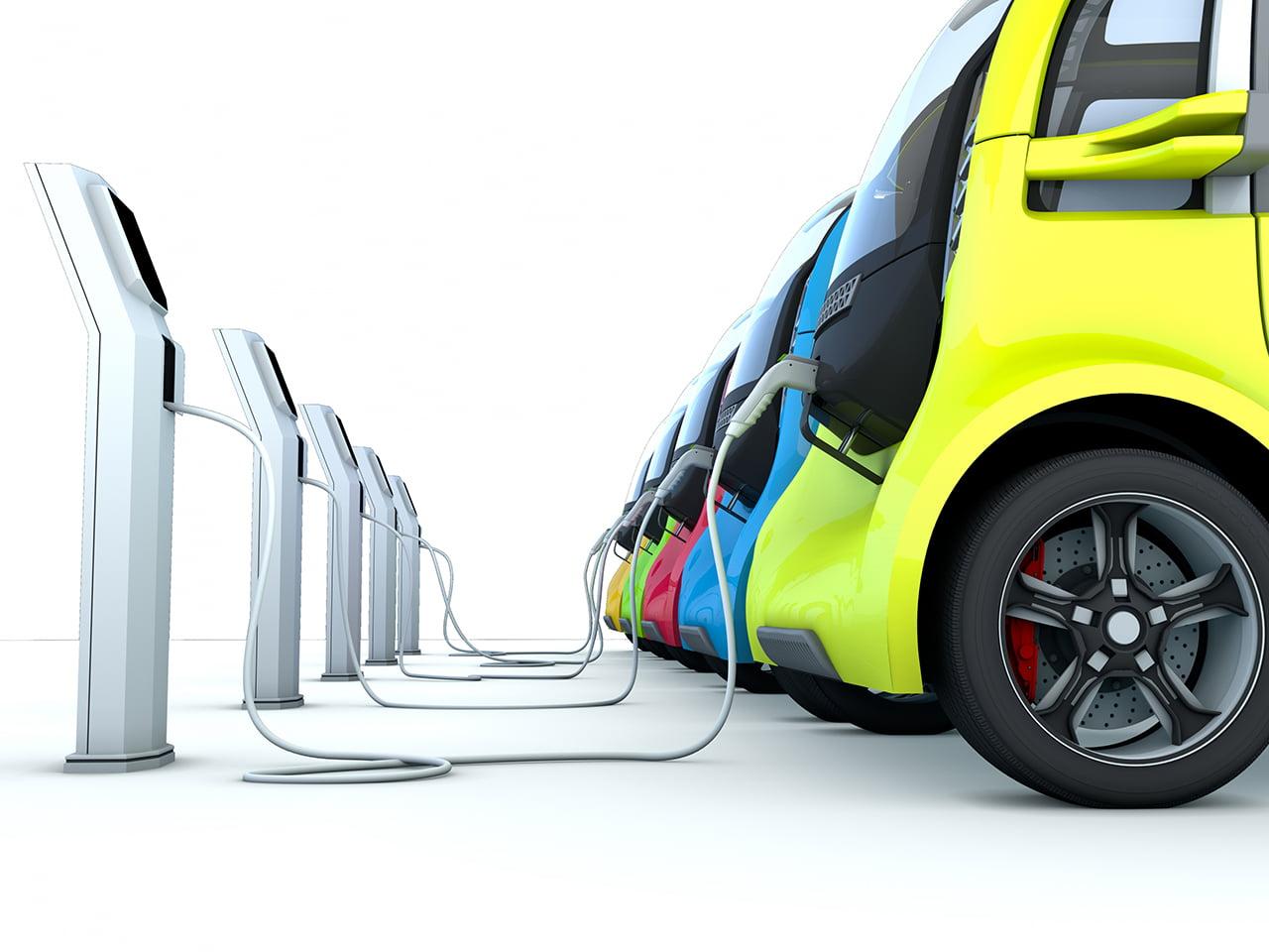 Coches electrificados, el futuro del automóvil ya está en marcha