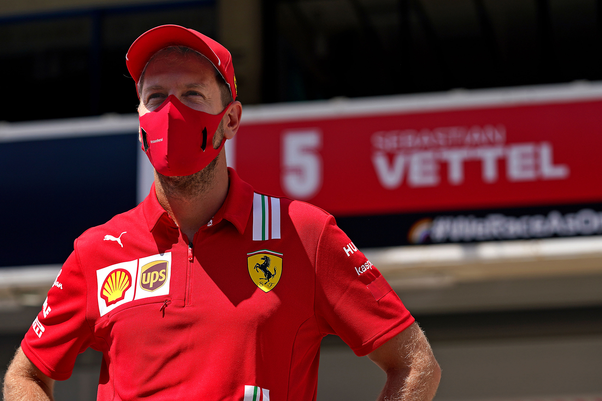 Vettel reconoce que no es feliz en Ferrari