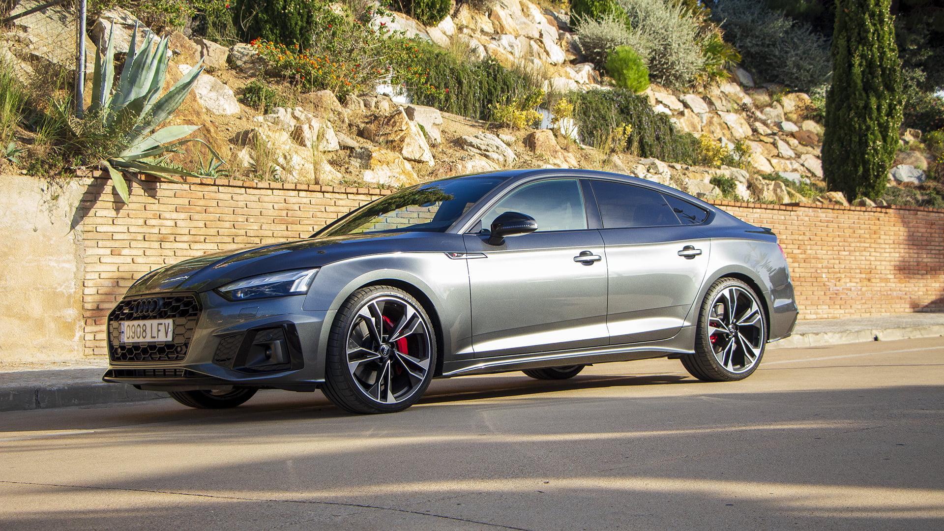 El Audi A5 Sporback sorprende a primera vista.