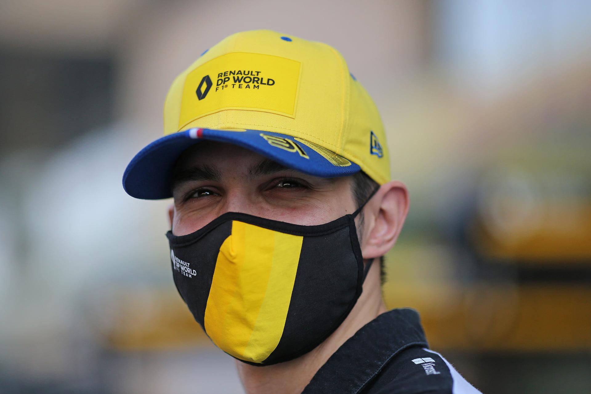 Esteban Ocon confiesa no tener miedo ante la llegada de Alonso al equipo.