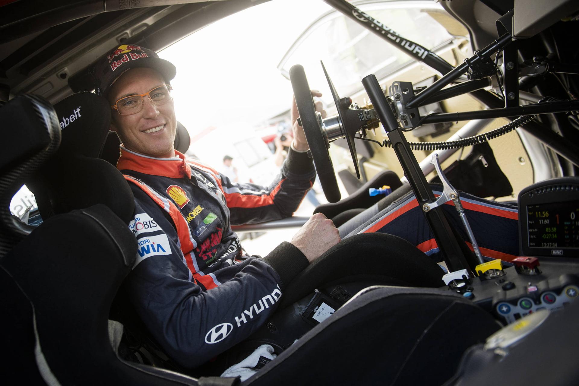 Thierry Neuville ha decidido cambiar de copiloto.