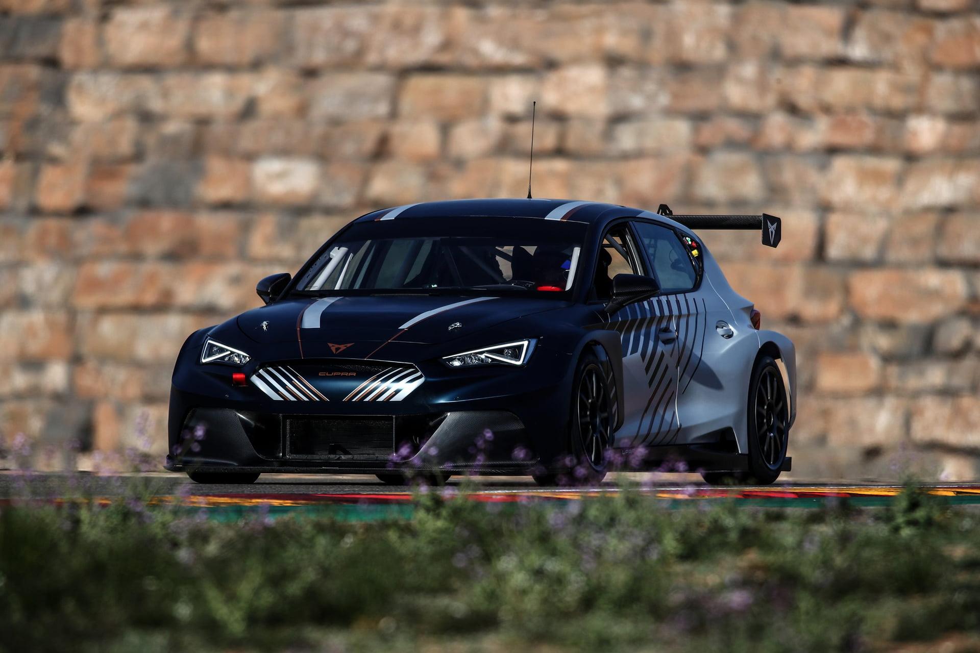 El CUPRA e-RACER contará con tres grandes pilotos.