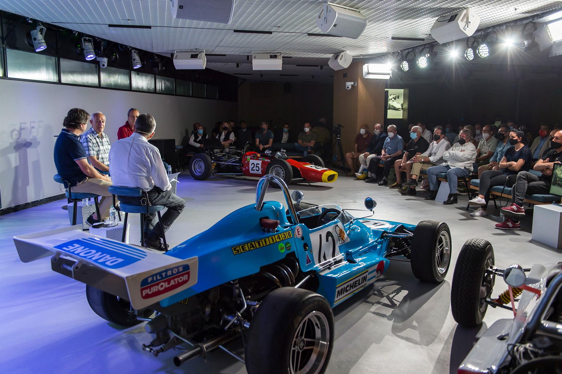 Casa SEAT ha acogido un coloquio sobre la Fórmula SEAT 1430